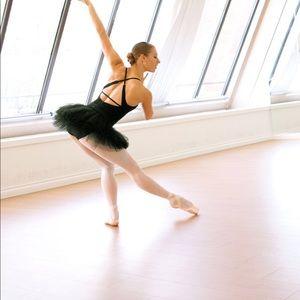 Lululemon athletica Rehearsal Tutu Tulle Skirt